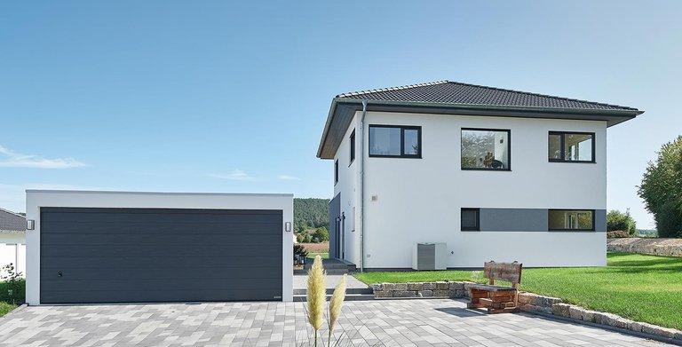 Stadtvilla | LUXHAUS Walmdach 160 Copyright: