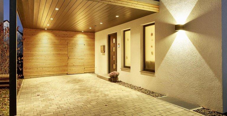 Eingangsbereich | LUXHAUS Satteldach Landhaus 207 Copyright: