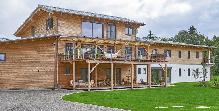 Gewerbe-/Wohnungsbau VON LERCHENFELD von Sonnleitner Holzbauwerke GmbH & Co. KG