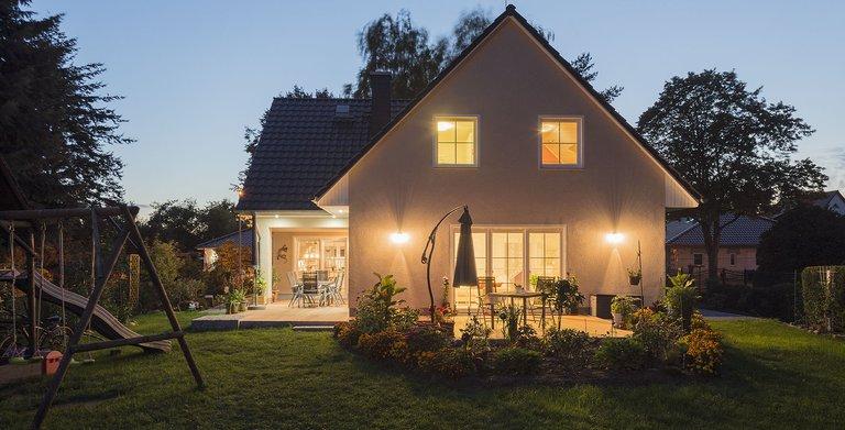 Dank individueller Planung und mit einem starken Baupartner konnte die Familie ihren Traum vom Haus verwirklichen.