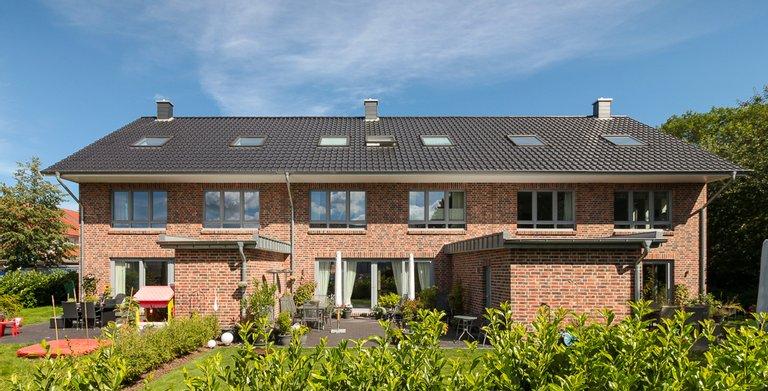 Mehrfamilienhaus 150 - Terrassenseite Copyright: