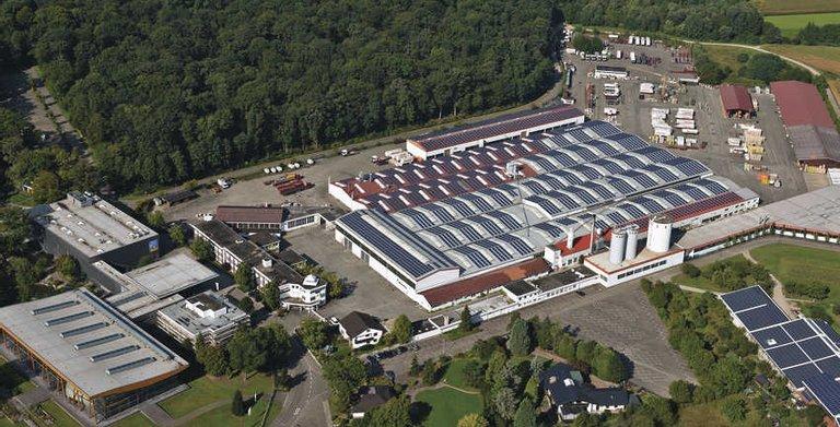 Die Firmenzentrale und Produktionshallen in Rheinau-Linx (Baden) Copyright: WeberHaus